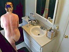 Toilet voyeur action