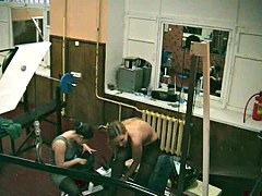 Blonde in gym on hidden camera