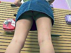 Jeans porn spy cam
