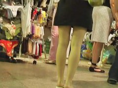 Street candid video with hot babes with nice legs