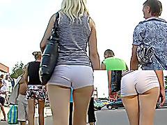 Awesome gazoo in hot short shorts