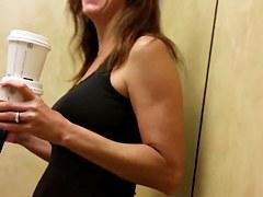 hot gym MILF, spandex on elevator