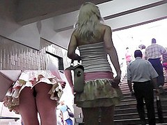 Blond bimbo upskirt episode