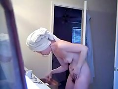 spycam guest aftershower