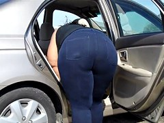 Phat Booty BBW Car Wash.