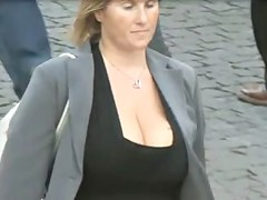 bouncing cleavage