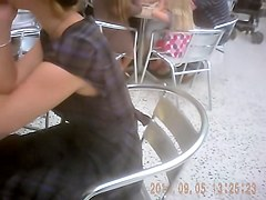 Amateur in the caf. exciting downblouse on spy camera