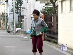 Short-haired petite Asian got sharked in Japan video