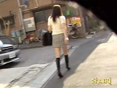 Cutie in the checkered skirt got sharked by shuri guys