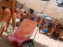 Gostosa na praia 3
