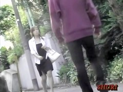 When she walks she causes an earthquake top sharking video