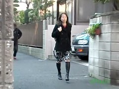 Asian housewife going home gets a taste of street sharking.