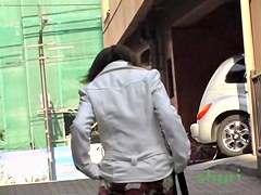 Japan girl shows her panty to the sharking fans