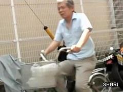 Asian schoolgirl quick public sharking