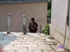 Public sharking vid showing a Japanese chick in a kimono