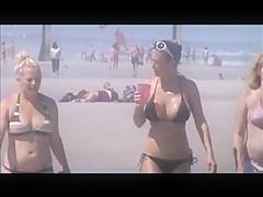 hot milf beach voyeur 9 and 10 huge jiggly tits