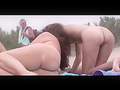 rigidly finger in pussy
