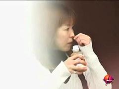 Thirsty sweet vixen slashes her goodies during hot public sharking