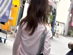 Kinky following scene of cute Japanese schoolgirl receiving sharking gift