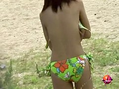 Sunny day sharking affair with fascinating pretty slag losing her bikini