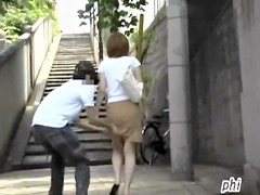 Slim vocal bimbo loses her skirt when some sharking lad gets it