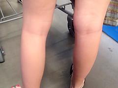 Latina feet out shopping