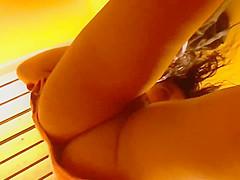 Dutch Indonesian mix Tessa driing off in poolcabin i