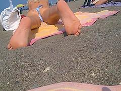 teen nice beachspy on ass and feet