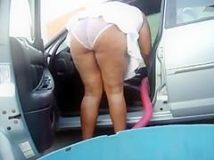 clean the car white panties 3