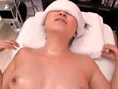 Tai receives a cock in her bun in voyeur massage sex video