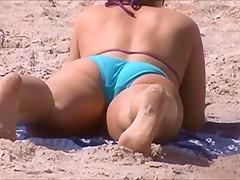 voyeur caught bending two nice asses