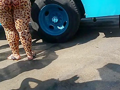 Candid Thick Leopard Spandex Part 1