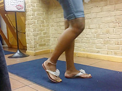 ebony feet candid 1