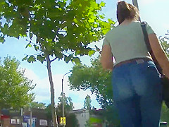 Incredibly HOT brunette with a PHAT ass in skintight jeans!