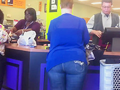 BBW Cougar in tight jeans