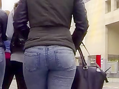 Candid - 2 Sexy Teen Ass In Tight Jeans
