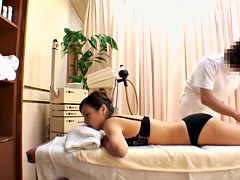 Titless Asian gal gets banged during erotic massage session