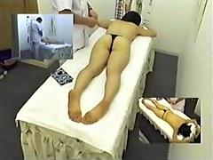 Skinny Asian broad enjoys a massage on hidden camera