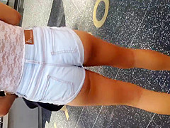 Big booty white teen in small shorts