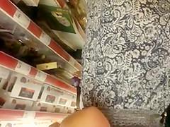 mommy upskirt at supermarket