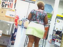 Enormous Seasoned Ass In A Tennis Skirt!