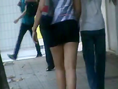 voyeur on the street