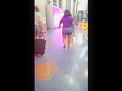 Candid bbw at airport