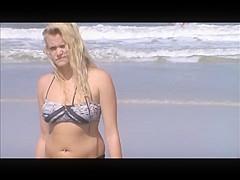 candid beach blonde teen jiggly tit spy 16