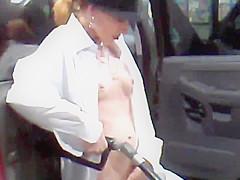 Hotwife Sydney pumping...