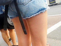 Bare Candid Legs - BCL#094