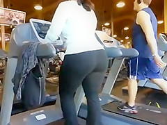 Candid ass gym booty