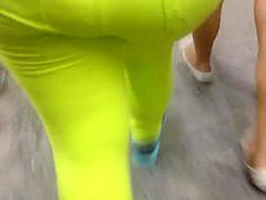 Culo de amarillo