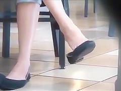 Candid Blonde Teen Feet Shoeplay Dangling Flats