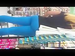 Hot teen Ass leggings in Wal-Mart !